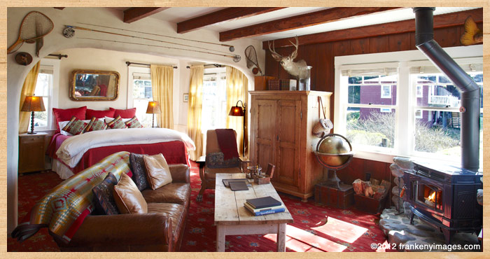 inside Fly Fisherman's Cottage at Nick's Cove